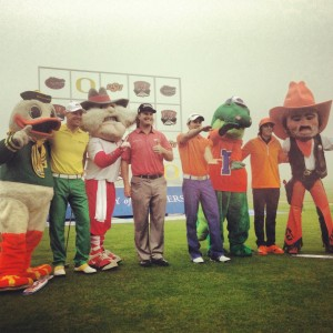mascots_with_farmers_glass-300x300